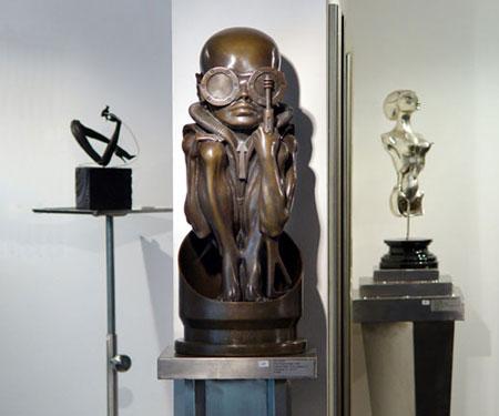 The official WebSite of H.R.Giger - Sculptures